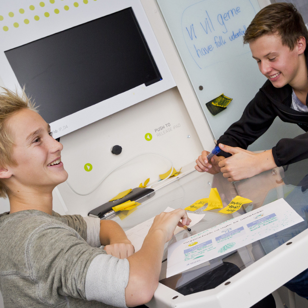 Move your lessons out in new and exciting surroundings, and explore how students' motivation and creativity increases.